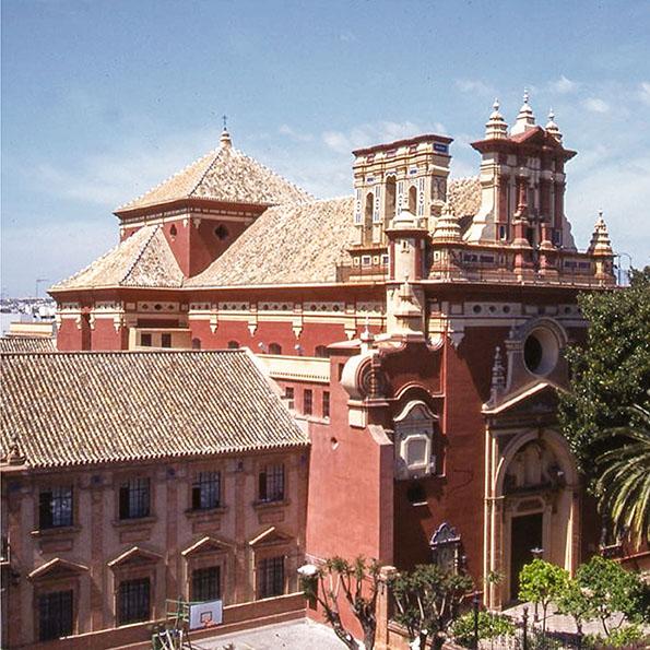 Iglesia de San Jacinto en Triana Sevilla. Cal Hidráulica y Morteros Cumen coloreados con pigmentos minerales