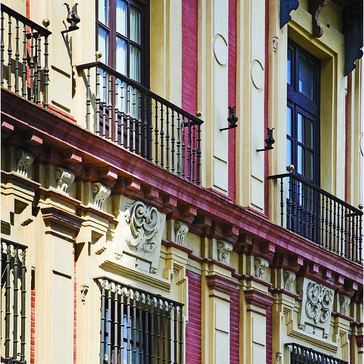 Palacio Arzobispal de Sevilla. Estuco planchado Mortero de Cal y Jabelga. Color rojo y ocre.